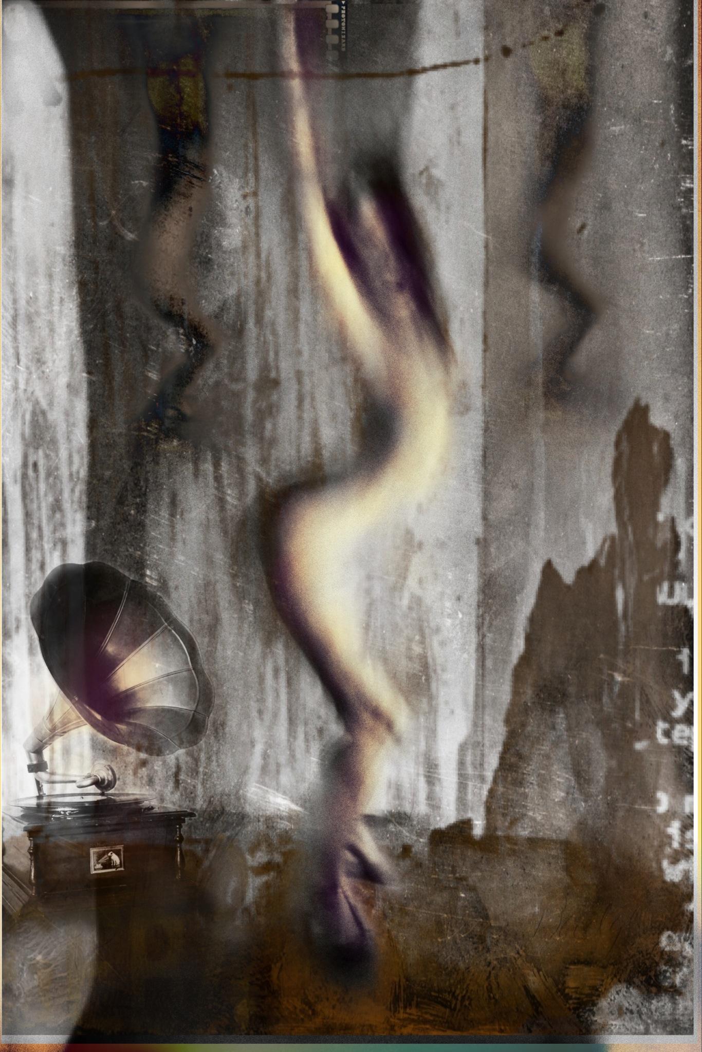 Ivo Coric ~ Flexy dancer