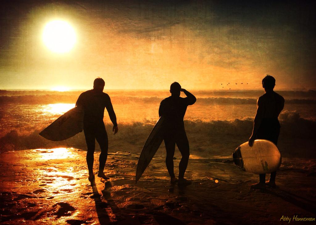 Abby Hanneman ~ Surfers(signed)