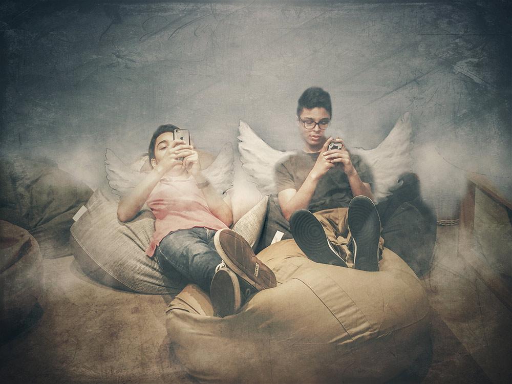 Aldo Pacheco ~ The cherubim of Raphael checking of updates