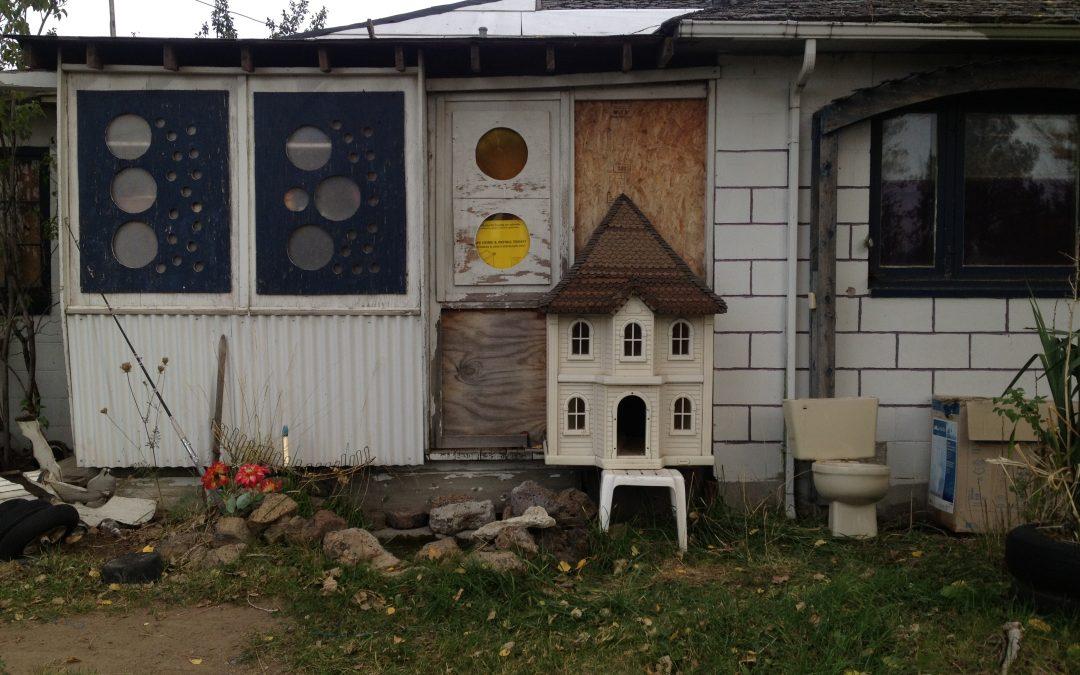 Cicely Caceau ~ Dollhouse & Toilet