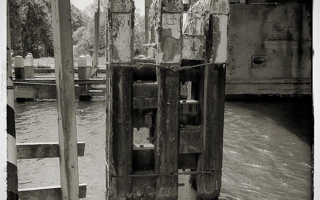 Jan Uiterwijk ~ water feature